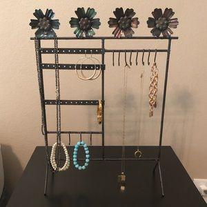 Storage & Organization - Flower Metal Frame Jewelry Stand- NWOT